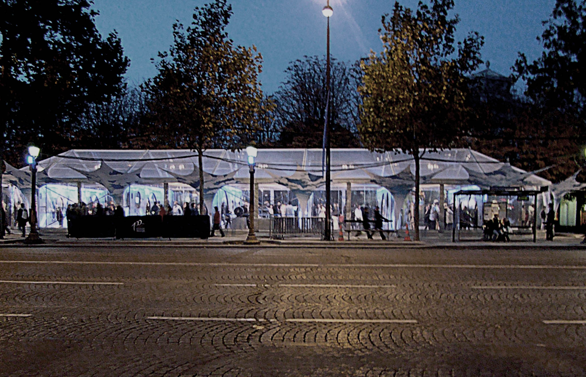 maskarade-scenographie-architecture-pavillon-itinerant-exposition-champs-elysees-nuit